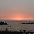 夕陽 沙灘 半月灣