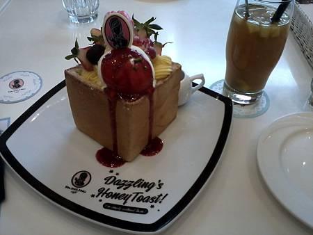 西屯區 Dazzling cafe-2