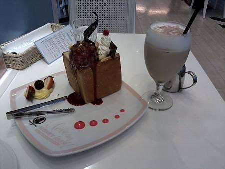 西屯區 Dazzling cafe-3