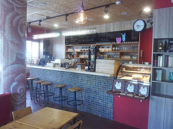北屯區 紅色咖啡館 5