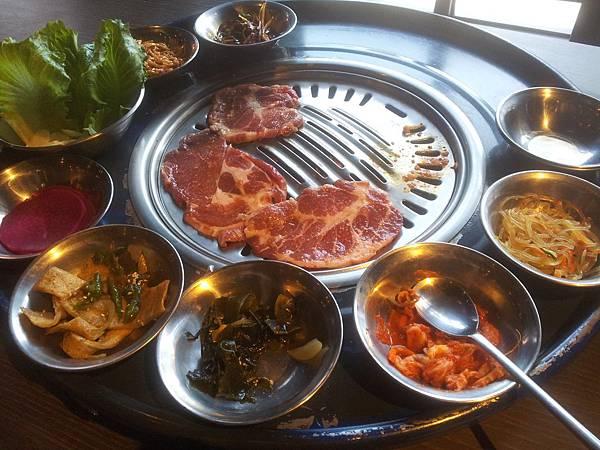 西屯區 笨豬跳韓式烤肉 Bungy Jump Korean BBQ (분저도)朝富店 2