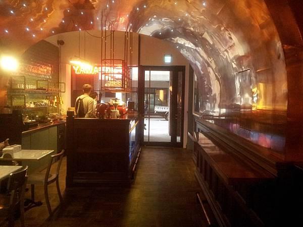 中區 騷包SaoBao Bar&Kitchen-7
