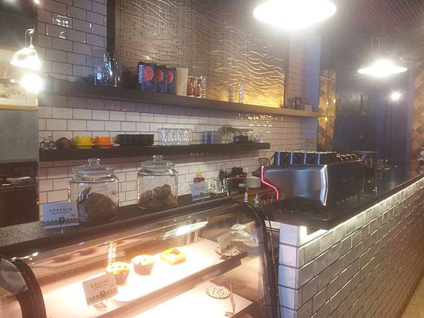 東區 16 CAFE-5