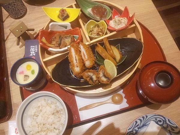 北區 靜岡勝政日式豬排 中友店 (とんかつ かつ政)-2