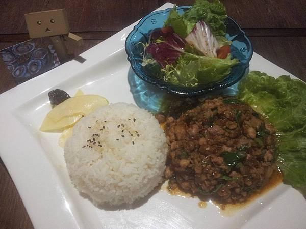 南屯區 Thai bistro 泰藏玖泰式餐酒館 (ซ่อนเลขเก้าไทย)-2