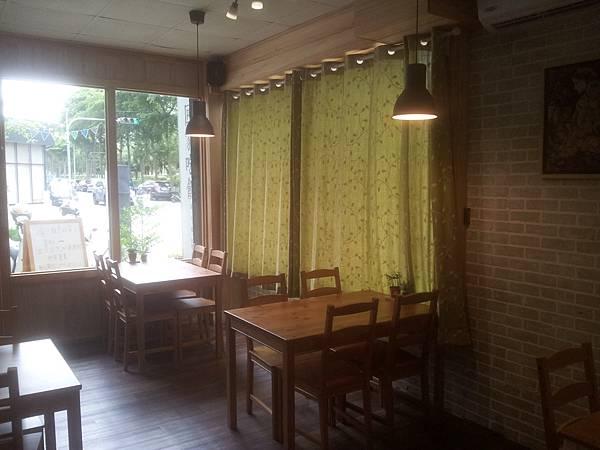 東區 Ta La LUMA Malaho回家吃飯 (रात के खाने के लिए घर、Дом на обед) 9