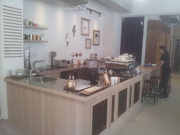 南屯區 Hitomi-喜徳盛眼鏡,eye+ coffee - 6