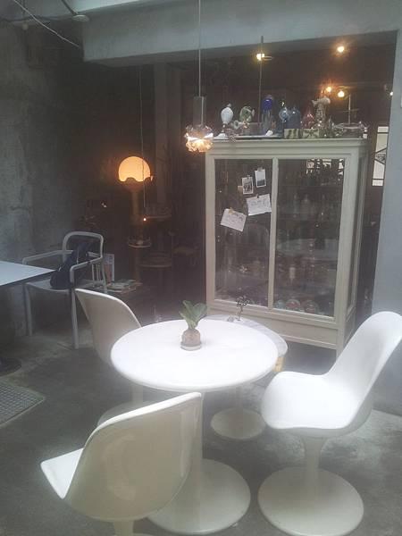 西區 火山花店 3