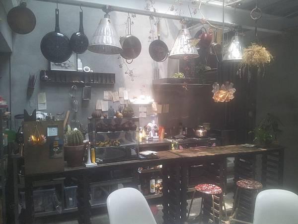 西區 火山花店 5