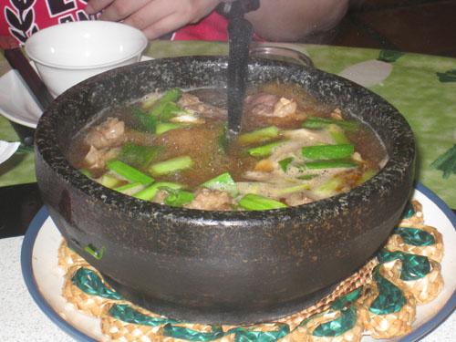 蔥燒石鍋牛肉.jpg