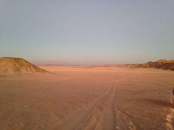 20141230 沙漠日出-阿拉伯游牧人 (76) (Copy).JPG