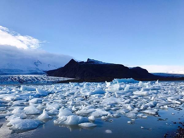 【東遊】冰島環島遊DAY4-挑戰4.5小時冰川健行累炸!朝聖傑古沙龍冰河湖 初嚐冰島小龍蝦
