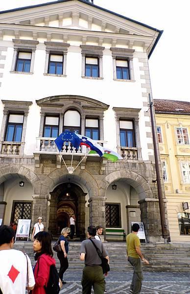 20-1盧市市政廳.JPG