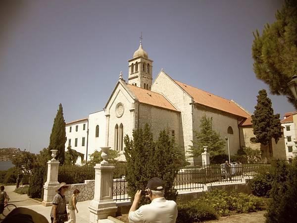 75-1聖芳濟教堂&皮塔爾四世.JPG