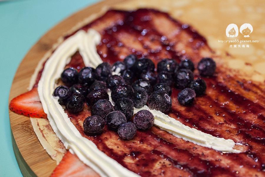 瑞豐夜市 MISHA 米夏軟式可麗餅 莓麗綻放 草莓+藍莓+明治冰淇淋 NT80