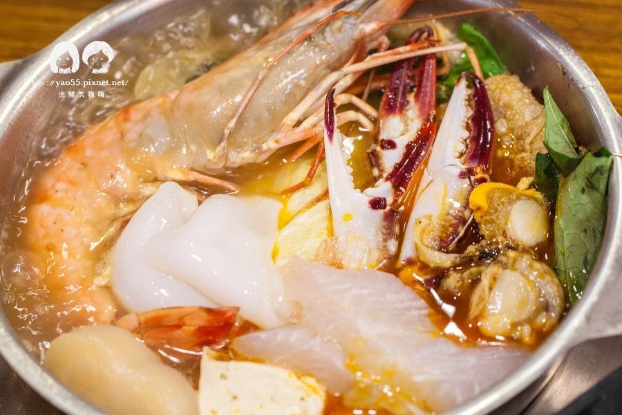 五鮮級麻辣鍋 大海蝦拼物鍋NT278