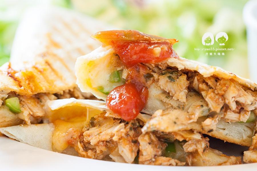 莫凡彼咖啡館 墨西哥辣味雞肉貝里多早午餐 NT265
