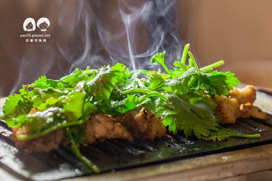 大阪燒肉雙子Futago 烤雞排佐香菜 NT240