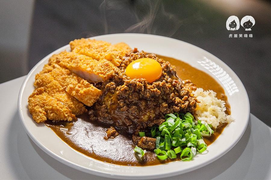 台灣咖哩 炸雞排台灣咖哩飯 NT250  台南鐘家秘傳味