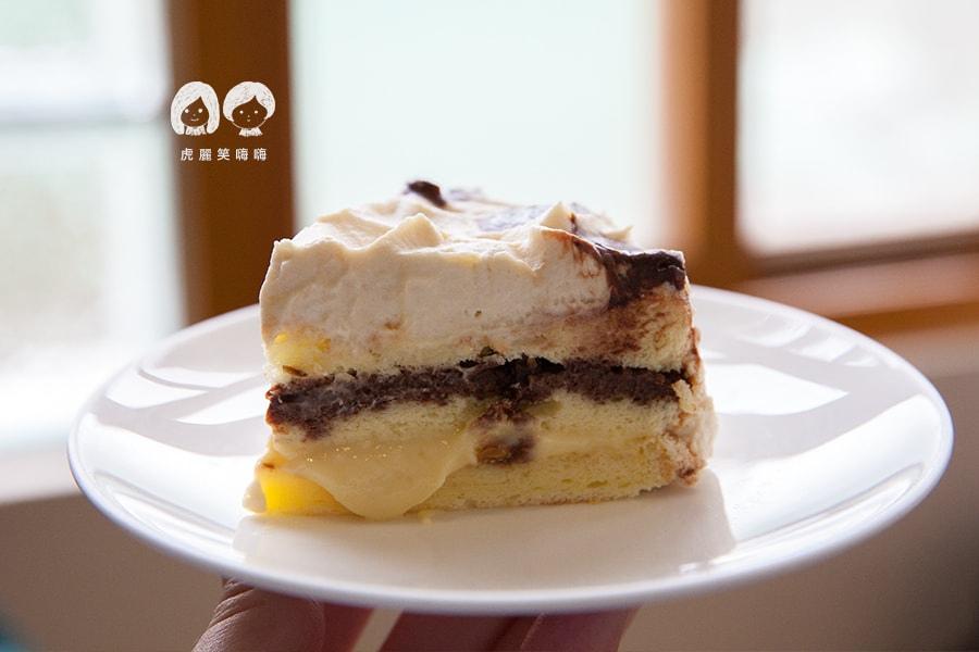 小聚  鹽味焦糖鮮奶油蛋糕 NT80  台南早午餐 甜點 中西區 蛋糕
