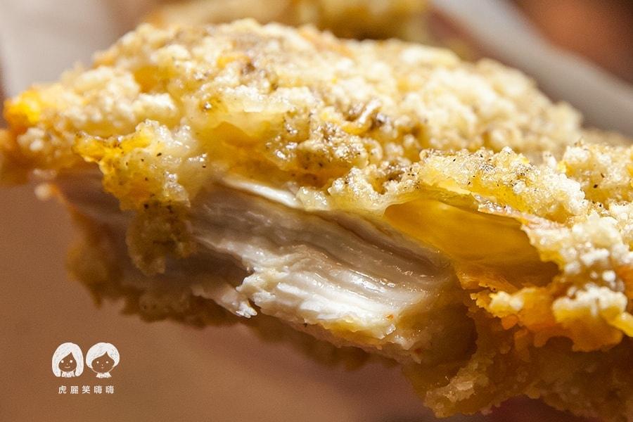 台南 鹽酥雞 雞排 食香客雞會站雞排 科學麵脆皮雞排NT65