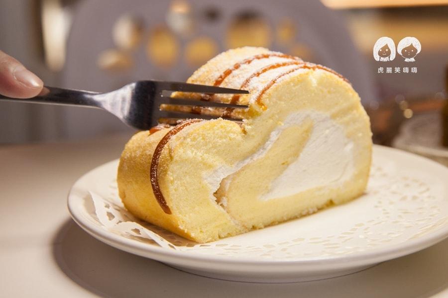 台南 Queen House法式手工甜點 北海道極鮮原味生乳卷 NT450