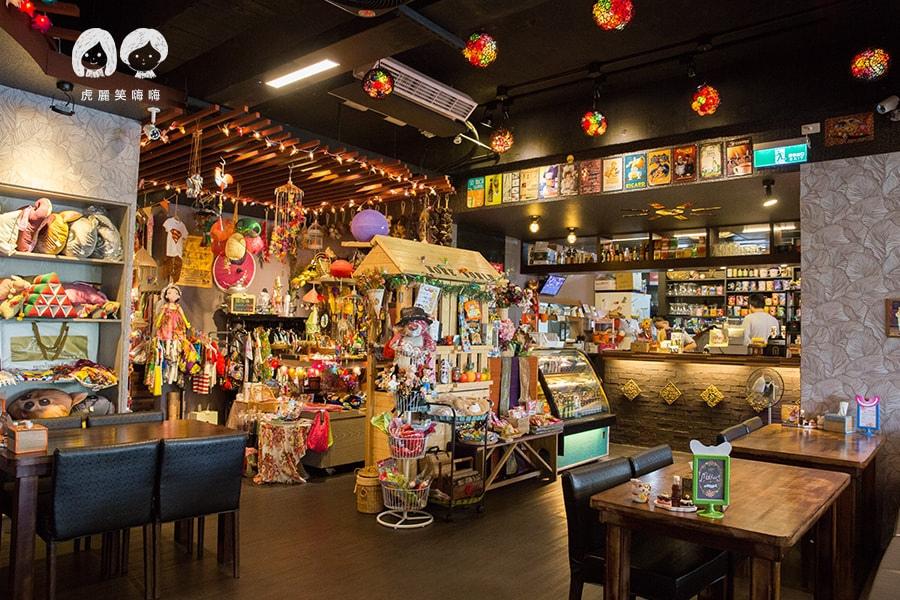高雄 苓雅區 MORE WORLD 河畔異國餐廳 泰國餐廳 泰式料理 泰國菜