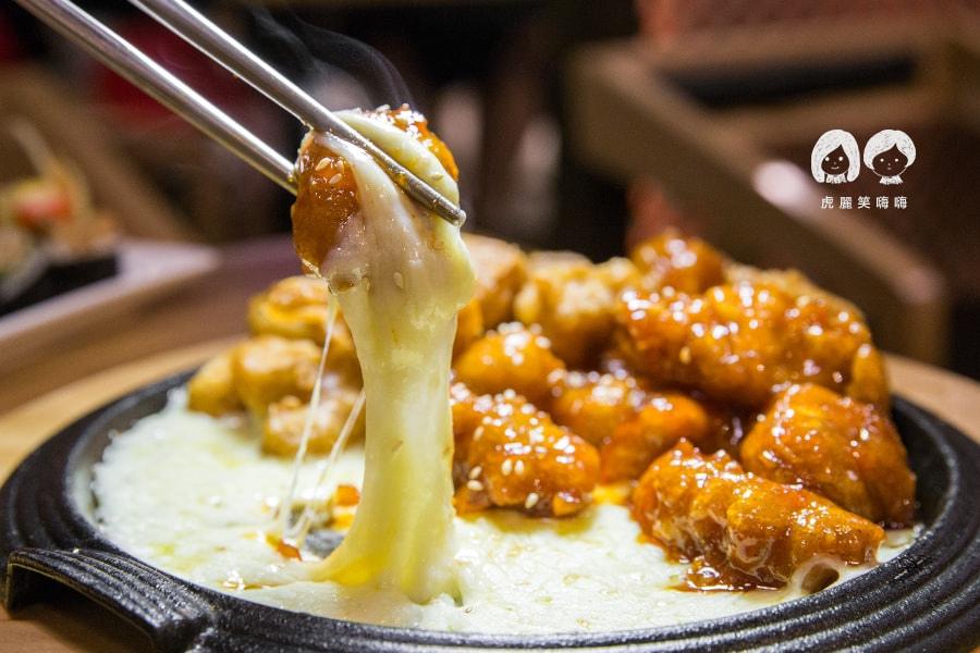 泰一格 年糕火鍋 韓式料理 漢神 巨蛋 雙拼芝士炸雞 NT418