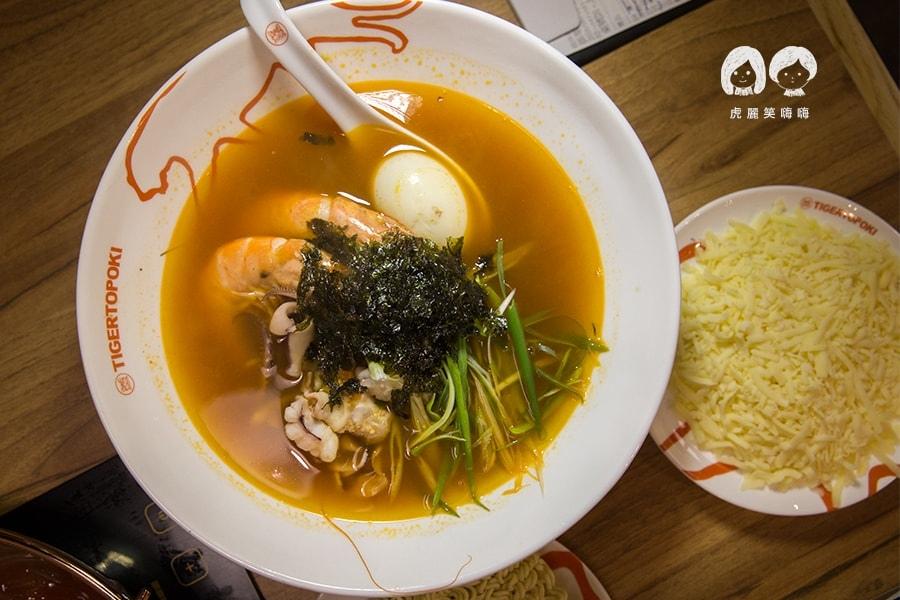 泰一格 年糕火鍋 韓式料理 漢神 巨蛋 海鮮拉麵 NT178