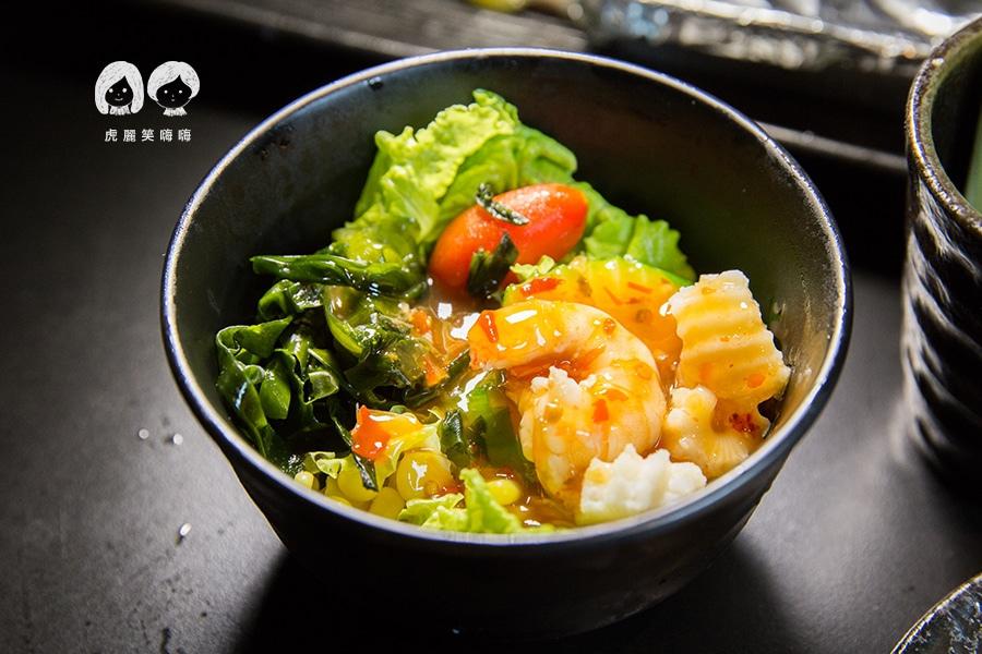 高雄吃到飽 老爺燒肉 泰式海鮮沙拉