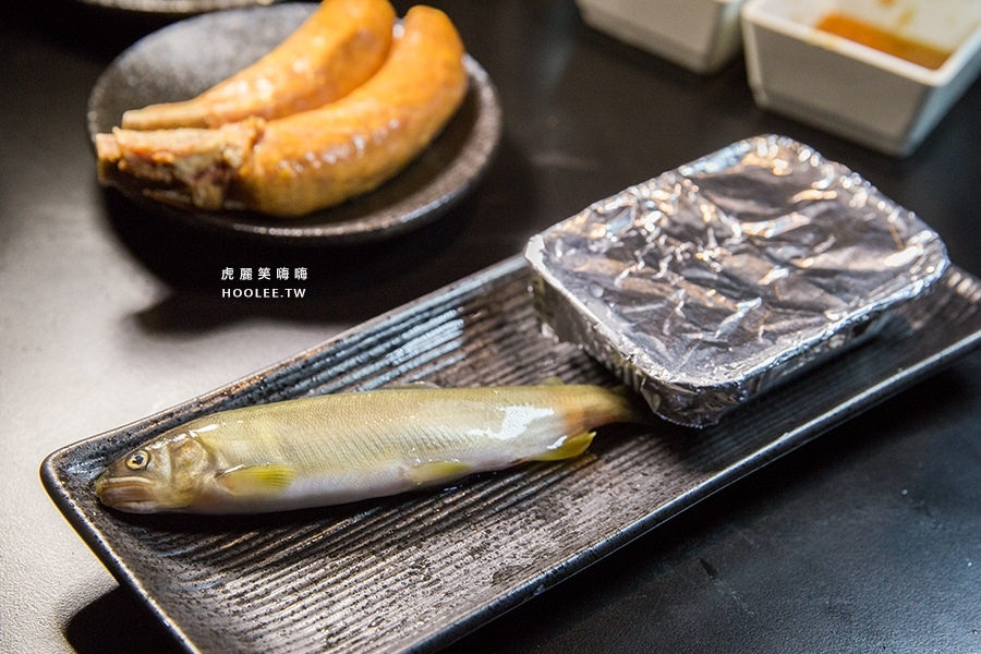 高雄美食 老爺燒肉 鹽烤香魚