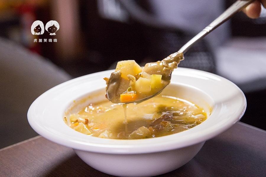 義食光 高雄義式料理 濃湯