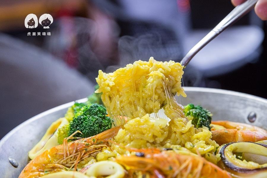 義食光 高雄義式料理 西班牙海鮮燉飯 NT$250