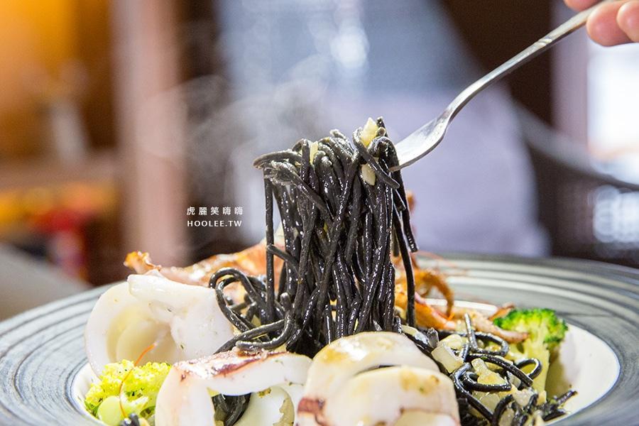 義食光 高雄義式料理 海釣中卷墨魚麵 NT$250
