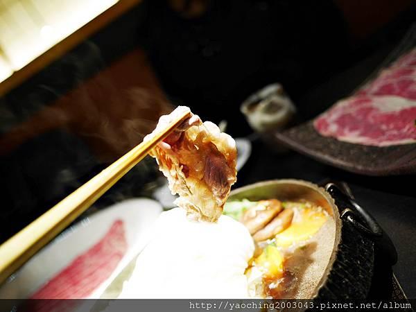 1424227583 3469326684 n - 【熱血採訪】台中西區潮鍋本家 頂級肉品搭美女鍋邊服務!