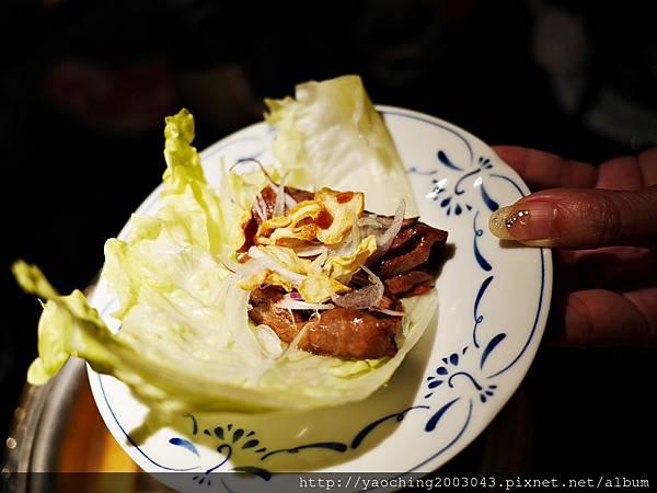 1424227609 1674857792 n - 【熱血採訪】台中西區潮鍋本家 頂級肉品搭美女鍋邊服務!