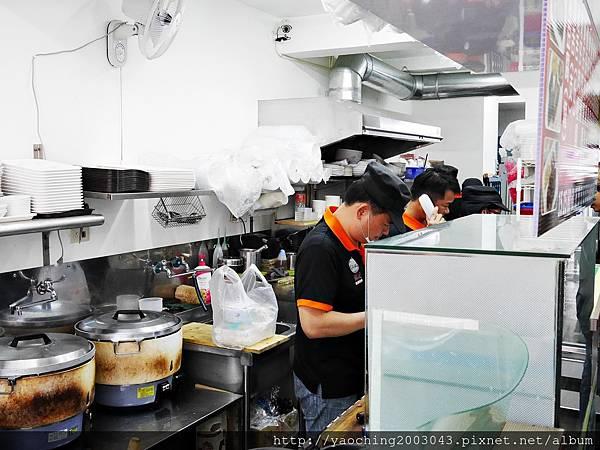 1424228221 2337461395 n - 台中南屯福記香滷鴨肉飯 搬家後店面廣品項更多,肉香飯足好好味