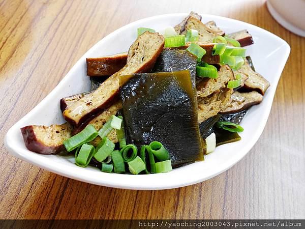 1424228232 2695612024 n - 台中南屯福記香滷鴨肉飯 搬家後店面廣品項更多,肉香飯足好好味