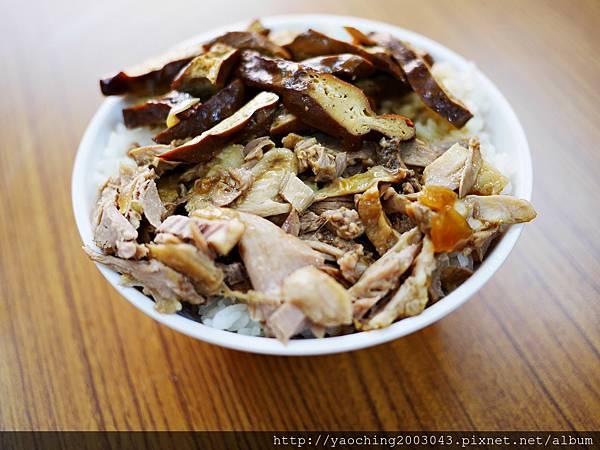 1424228235 3909524680 n - 台中南屯福記香滷鴨肉飯 搬家後店面廣品項更多,肉香飯足好好味