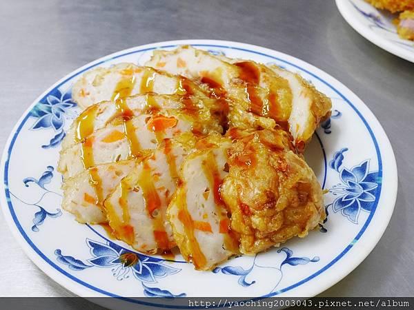 1430838146 15791159 n - 台中西區-華美街阿隆麵攤-平價小吃附近上班族熱愛的店家
