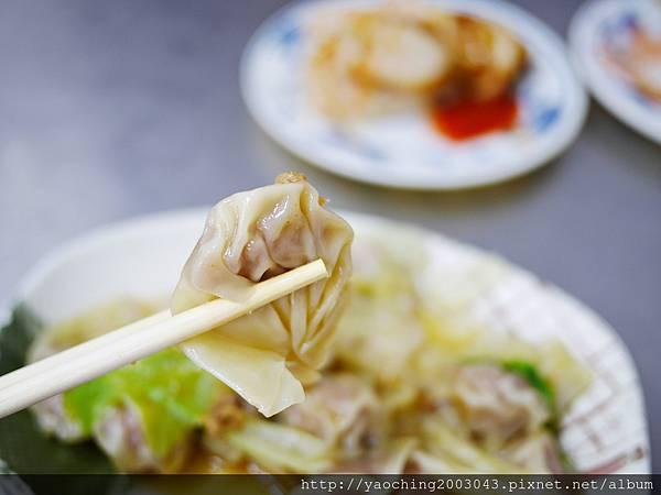 1430838158 3515257533 n - 台中西區-華美街阿隆麵攤-平價小吃附近上班族熱愛的店家