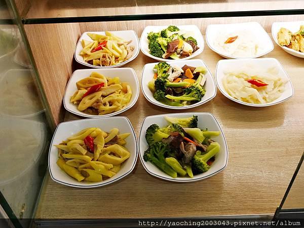 1435025264 1750244970 n - 台中豐原 立麒鮮肉湯包,在地人推荐的人氣料理,來可以只點蔥肉多多的原味湯包就好!
