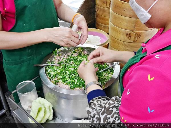 1435025281 1003111655 n - 台中豐原 立麒鮮肉湯包,在地人推荐的人氣料理,來可以只點蔥肉多多的原味湯包就好!