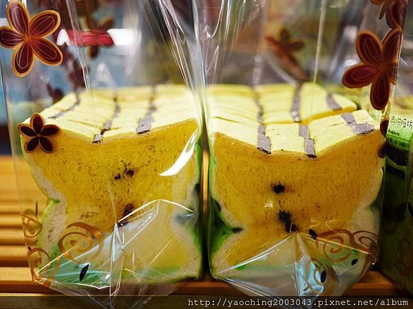 1436449388 2012318568 n - 台中大里 潘朵拉西點 夏天就是要吃西瓜啊,不然要幹嘛!台中也有2015超人氣的西瓜土司了,不用再跑宜蘭吉米、新竹或花蓮了