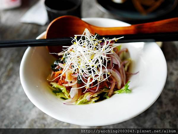 1436705765 1000127823 n - 【熱血採訪】台中西屯 星享道久享日式料理吃到飽,約50道的選擇,整體來說都蠻精緻的,生魚片新鮮厚度夠,專人服務上桌免搶啦