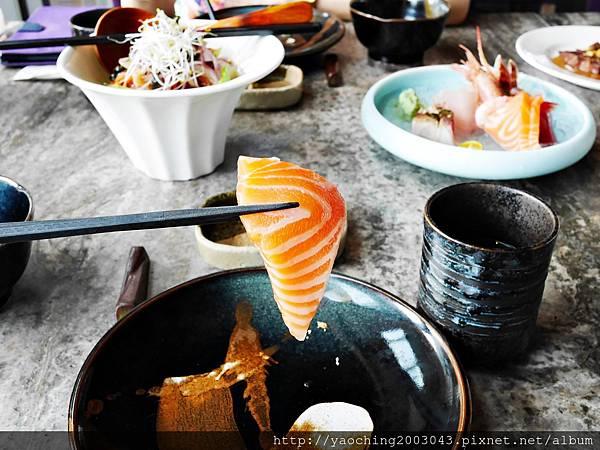 1436705787 4090000318 n - 【熱血採訪】台中西屯 星享道久享日式料理吃到飽,約50道的選擇,整體來說都蠻精緻的,生魚片新鮮厚度夠,專人服務上桌免搶啦