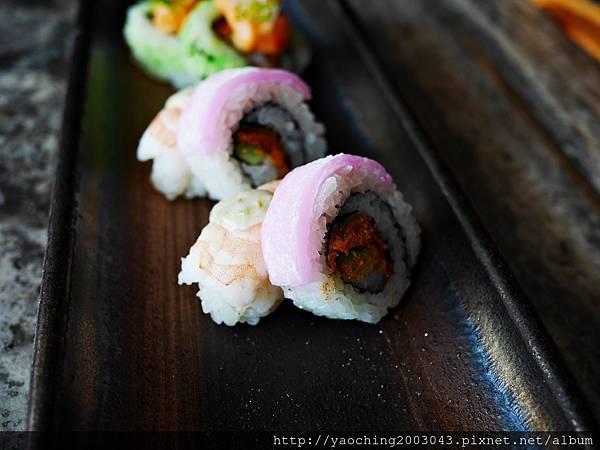 1436705853 3295419083 n - 【熱血採訪】台中西屯 星享道久享日式料理吃到飽,約50道的選擇,整體來說都蠻精緻的,生魚片新鮮厚度夠,專人服務上桌免搶啦