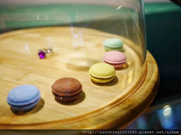 1436803723 998414063 n - 台中西區 威廉公主 原阿烈仔冰換了新店了,不只賣蛋糕咖啡還有專屬婚禮規畫設計,生乳捲口感滑順不膩,小小兵蛋糕捲為暢銷品