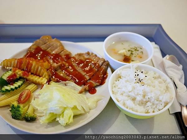 1438698913 1948522350 n - 台中西屯 逢甲商圈傑爸廚房,提供平價大份量的簡餐深受學生群喜愛