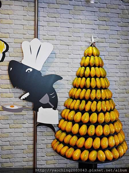 1446955451 64981169 n - 台中北區 鯊魚咬吐司,2015阿羅依曼谷季開始了,大塊厚實蝦蝦叫三明治後再來一鍋冷冷的幻之火鍋吧